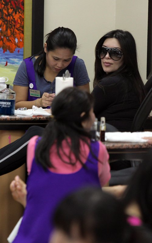 Kim Kardashian  - Страница 6 041a44b46f74