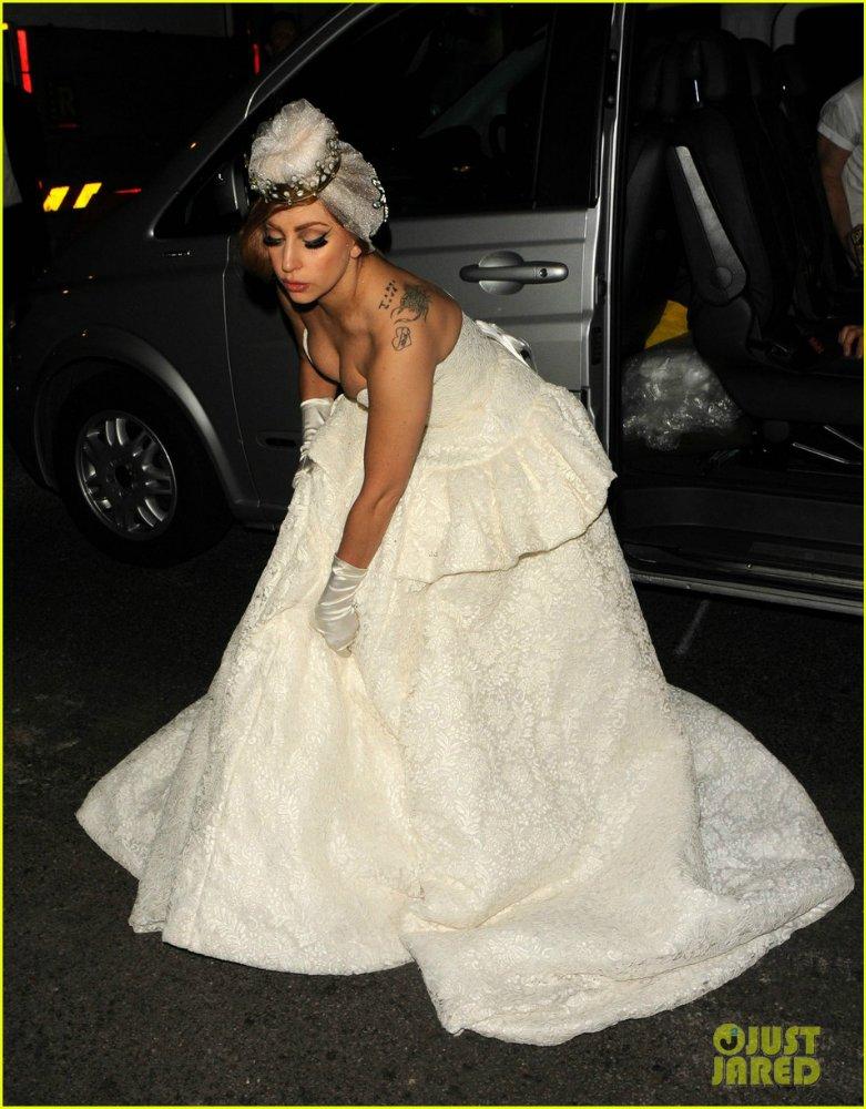 Lady GaGa  - Страница 4 8aca853646c7