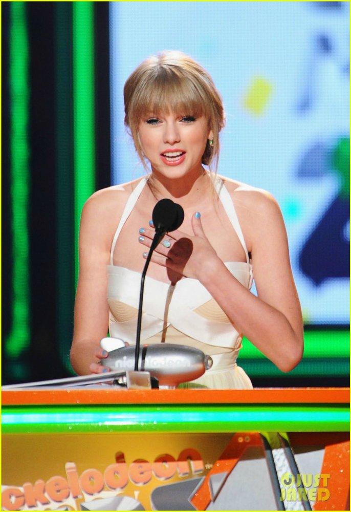 Taylor Swift / Тэйлор Свифт 439b863e7810