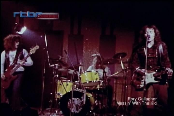 British Rock Viewseum Vol. 3 - British Blues & Hard Rock Explosion (2010) D7e9578d928a