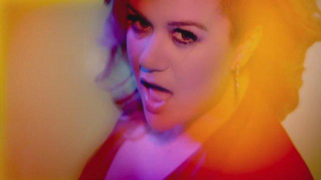 Kelly Clarkson Cb2f66ef4095