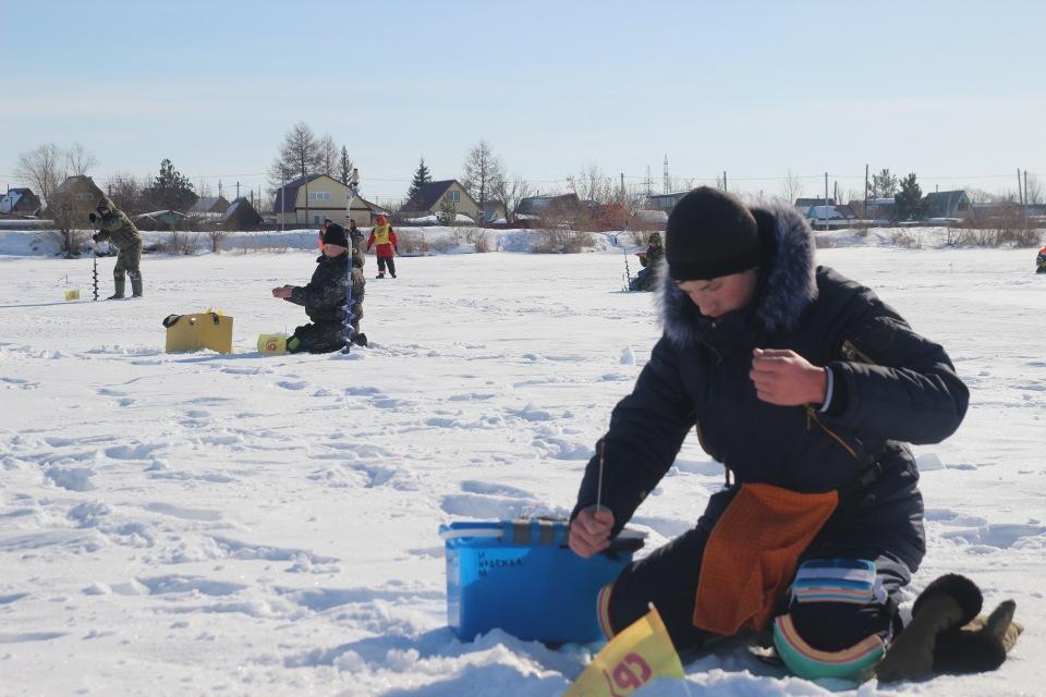 Первенство города Кургана по ловле на мормышку со льда среди юношей и девушек с 14 до 17 лет. 1292d7975ccb