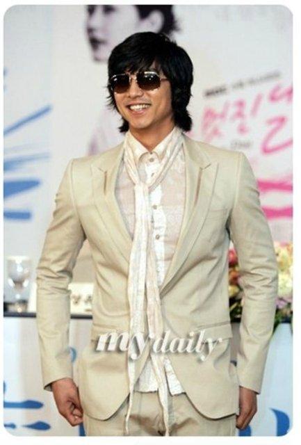 Кон Ю / Gong Yoo ♥ We love Ю B813bc660fd1