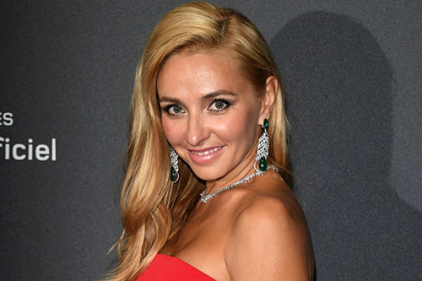 Татьяна Навка - официальный посол бренда Chopard - Страница 2 C51b01af44f4
