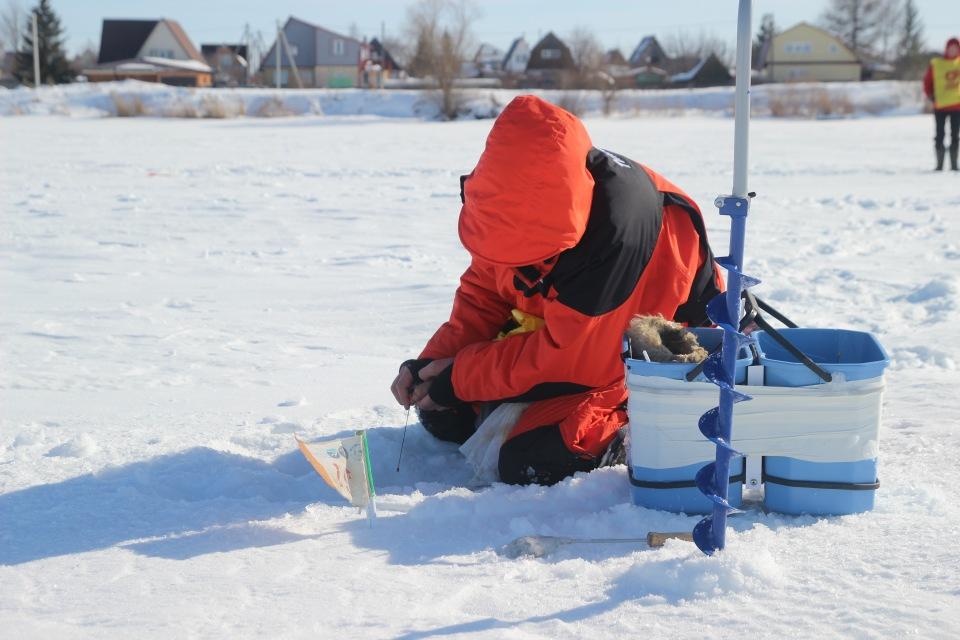 Первенство города Кургана по ловле на мормышку со льда среди юношей и девушек с 14 до 17 лет. 5d810ad1240e