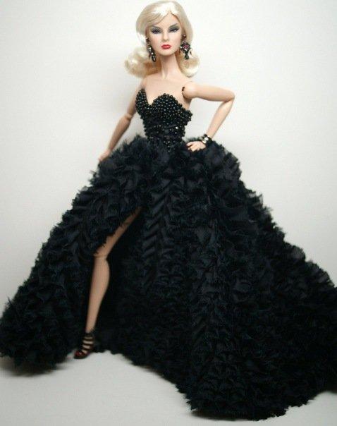 Fashion Royalty A0727782cba3