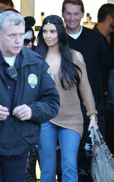 Kim Kardashian  E5fddfa4ac3d