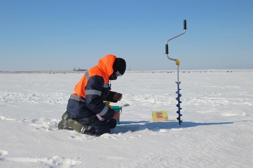 Первенство города Кургана по ловле на мормышку со льда среди юношей и девушек с 14 до 17 лет. Ab499740610b