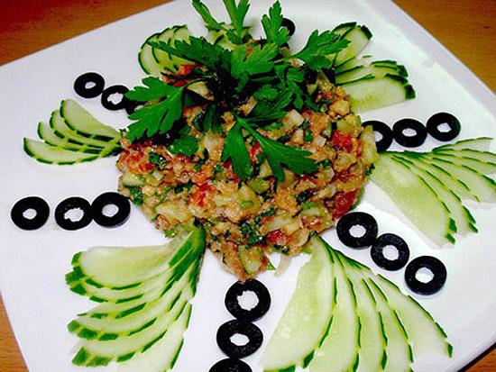 Идеи украшения салатов 29d93243c364