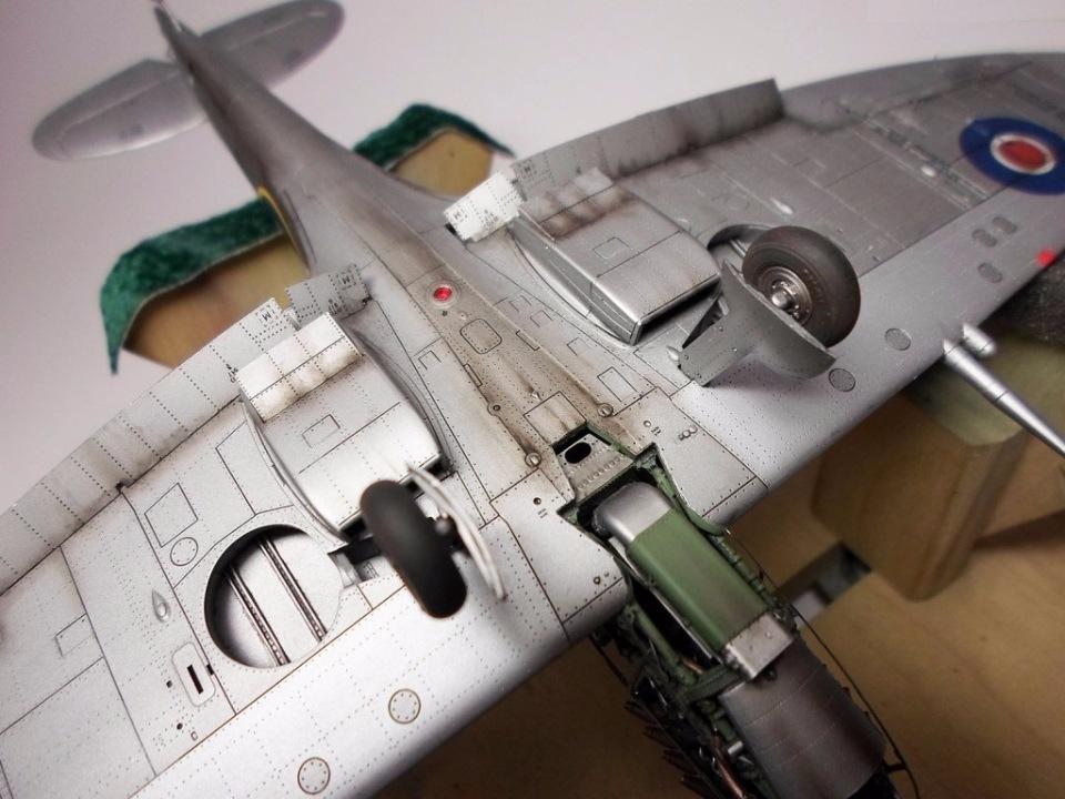 Supermarine Spitfire Eduard 1/48 87fdebe03f0d