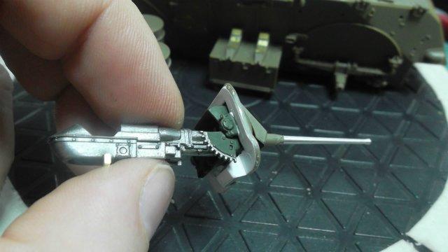 Staghound T17E1, 1/35, (Bronco 35011). D7011aa90b45