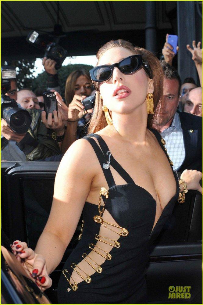 Lady GaGa  - Страница 6 7590a86cc8d4