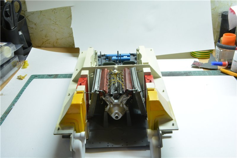 Т-34/85 model 1944г. Factory №. 174 маштаб 1/16 Trumpeter Edc31f0c8ca9