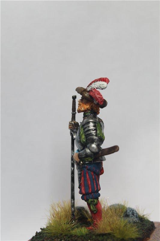 Ландскнехт с мечом, 16 век, 54мм. D56ec7c8b8d7