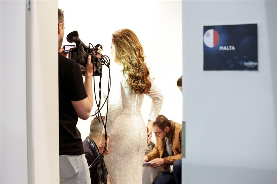 Евровидение - 2017 - Страница 10 9979b3182b37