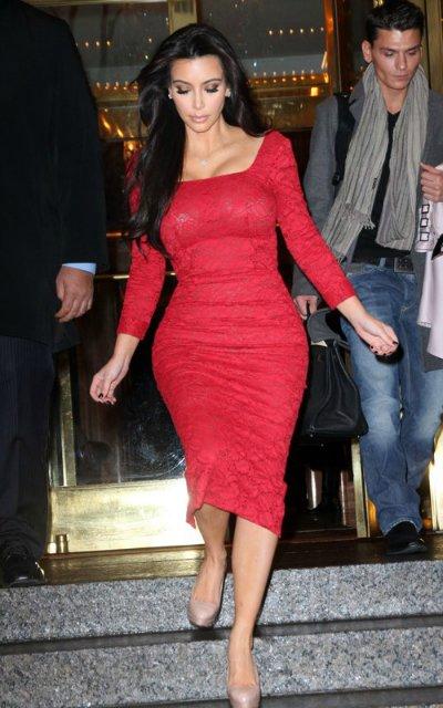 Kim Kardashian  C59380730050