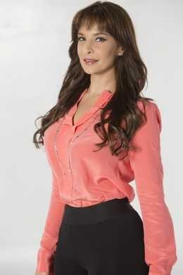 Лорена Рохас/Lorena Rojas - Страница 12 Fc65ff5e2fa7