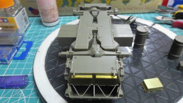 Staghound T17E1, 1/35, (Bronco 35011). F51d422efa01