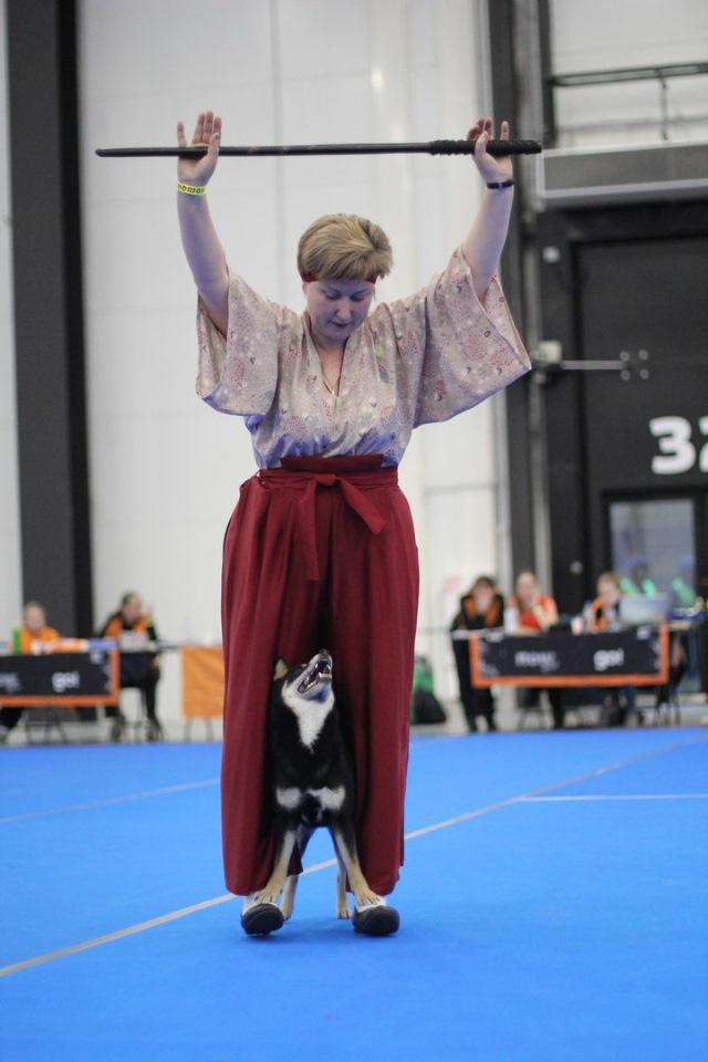 Танцы с собаками - Страница 4 E3815059c4e8