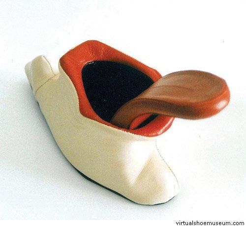 Креативная обувь 552f67d0997e