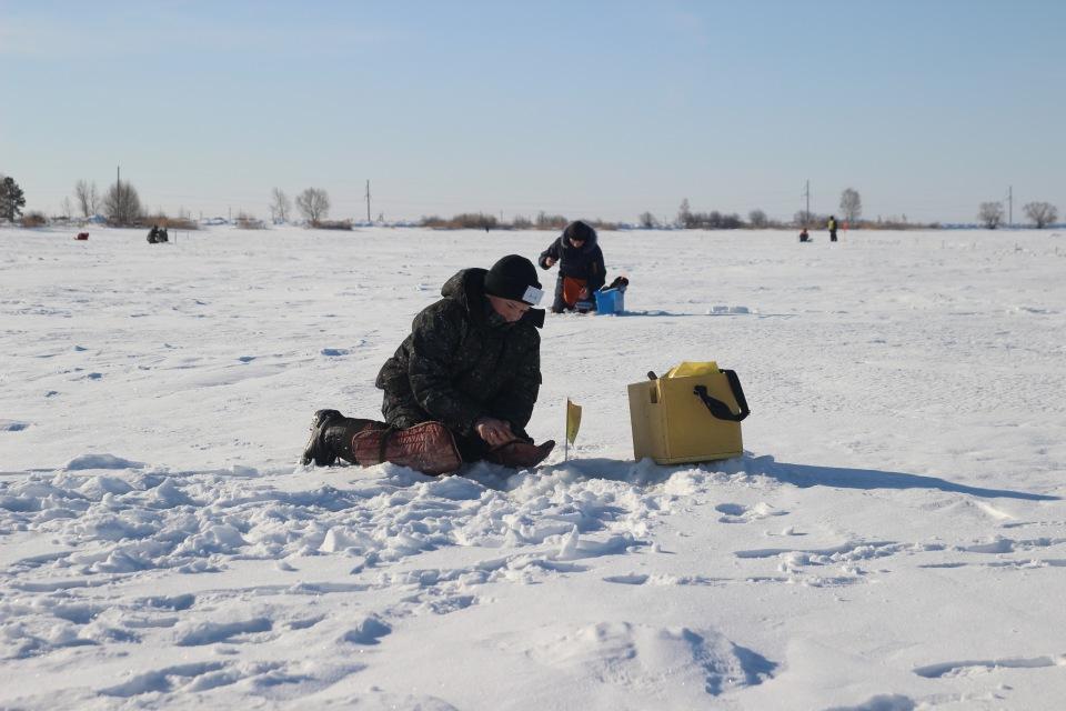 Первенство города Кургана по ловле на мормышку со льда среди юношей и девушек с 14 до 17 лет. 383b32cbf301