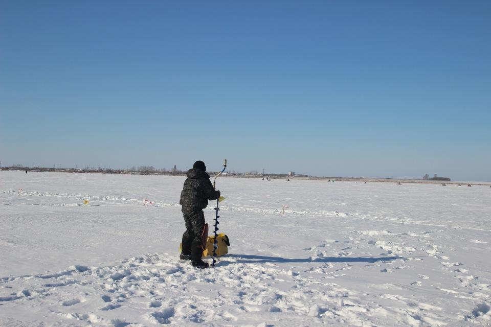 Первенство города Кургана по ловле на мормышку со льда среди юношей и девушек с 14 до 17 лет. 4b586d4f42b7