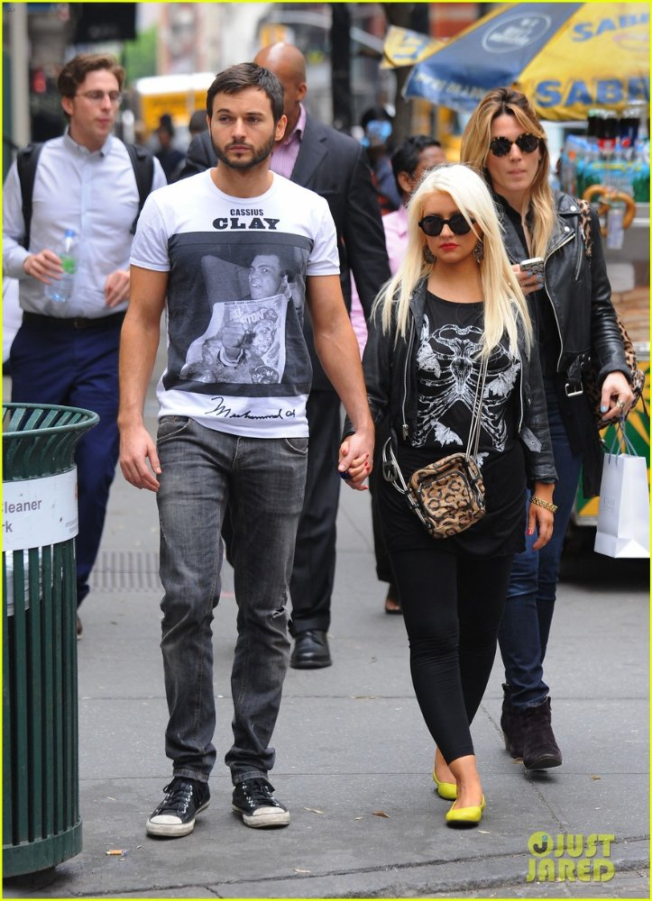 Christina Aguilera  - Страница 3 C13d7e1c1f79