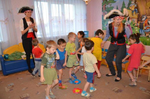 Подарки для детей-сирот на Новый год 5d13da27dac5
