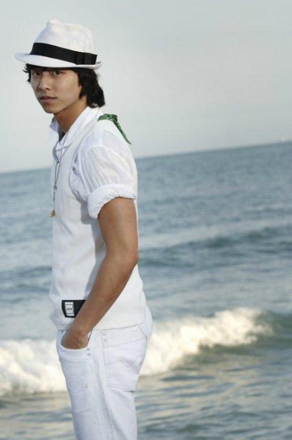 Кон Ю / Gong Yoo ♥ We love Ю 704e2285ab7d