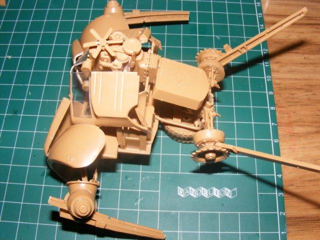 Робот трансформер(не трансформирующийся правда :) ) 84d4d1cc28df