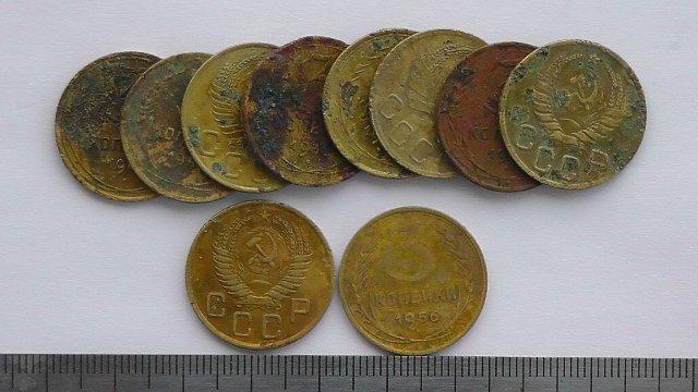 Экспонаты денежных единиц музея Большеорловской ООШ Eff0d0f2e435
