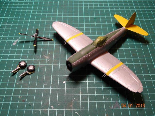 P-47 Тандерболт 1/72 - Страница 2 F342c40a8976