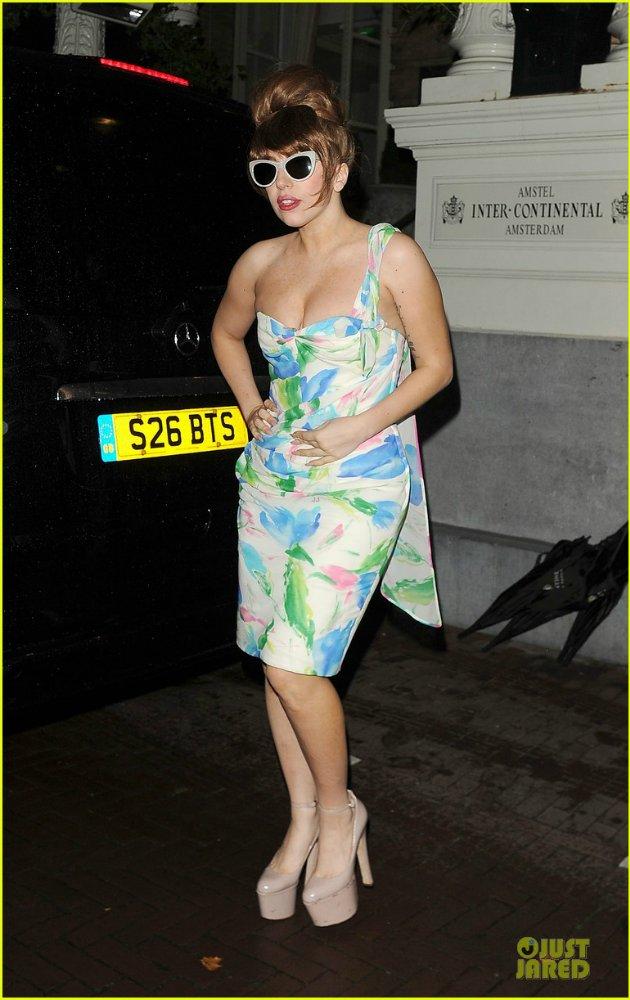 Lady GaGa  - Страница 5 1050bbdb9be0