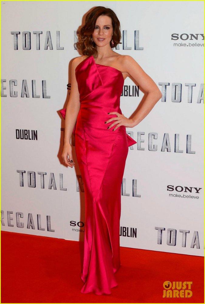 Kate Beckinsale - Страница 4 D526b3bdca5d