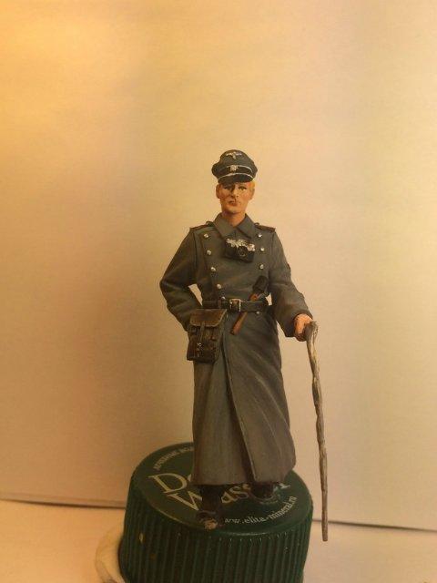 Немецкий офицер (1/35) Efd67b101c43