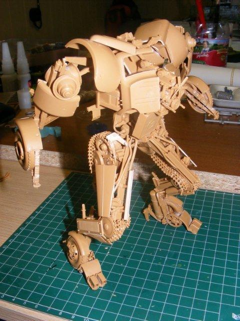 Робот трансформер(не трансформирующийся правда :) ) 617b34382867