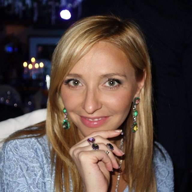 Татьяна Навка в соцсетях-2014-2015 - Страница 2 D9fee436040a