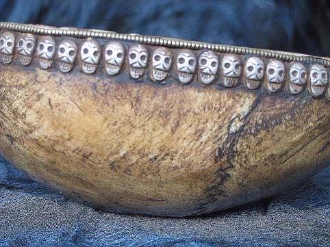 Ритуальные изделия из костей человека  B1f245483c26