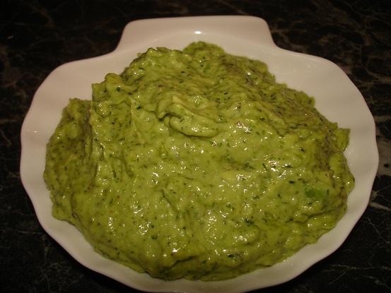 Зелёный соус из авокадо  A436c6b47865
