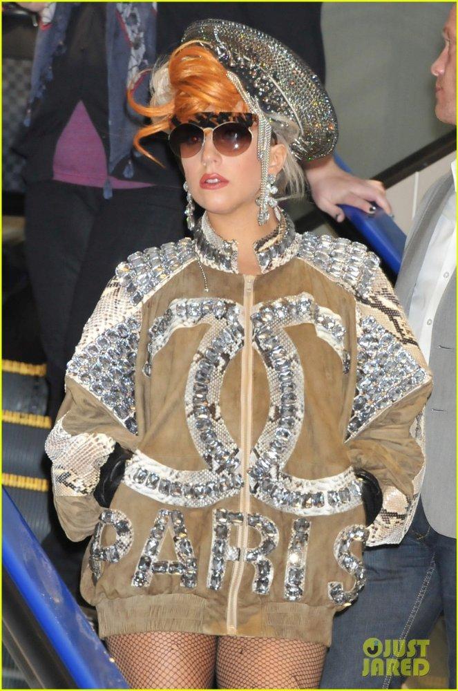 Lady GaGa  - Страница 2 7d4a3a8e9f9f