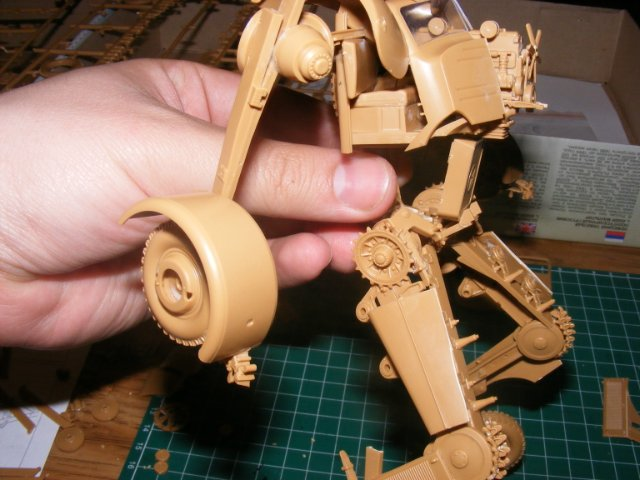 Робот трансформер(не трансформирующийся правда :) ) 7cb3b3b6299a