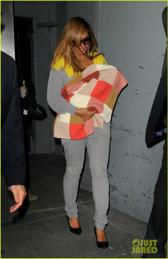 Beyoncé - Страница 5 0512607fa011