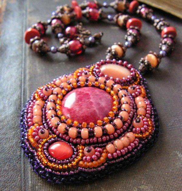Как прикрепить камни в бисерной вышивке? F3af8e70646c