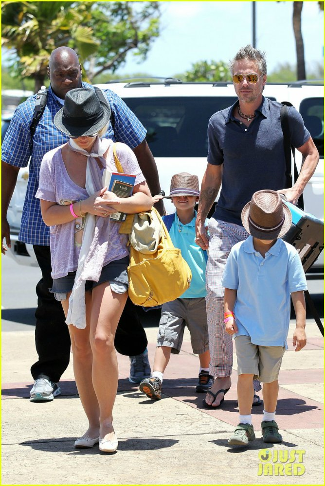 Бритни Спирс/Britney Spears - Страница 4 07d1fdcc0454
