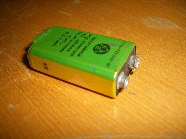 "Когда ""крон"" и других батареек было не достать. Fdc7a06e216d"