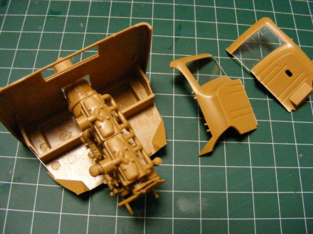 Робот трансформер(не трансформирующийся правда :) ) Edfe16b12a38