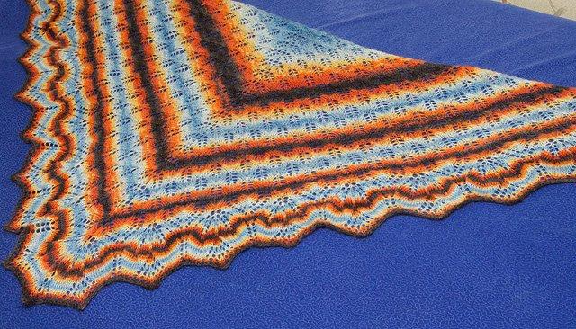 Вязаная шаль, шарфы 6f2170bf0f9e