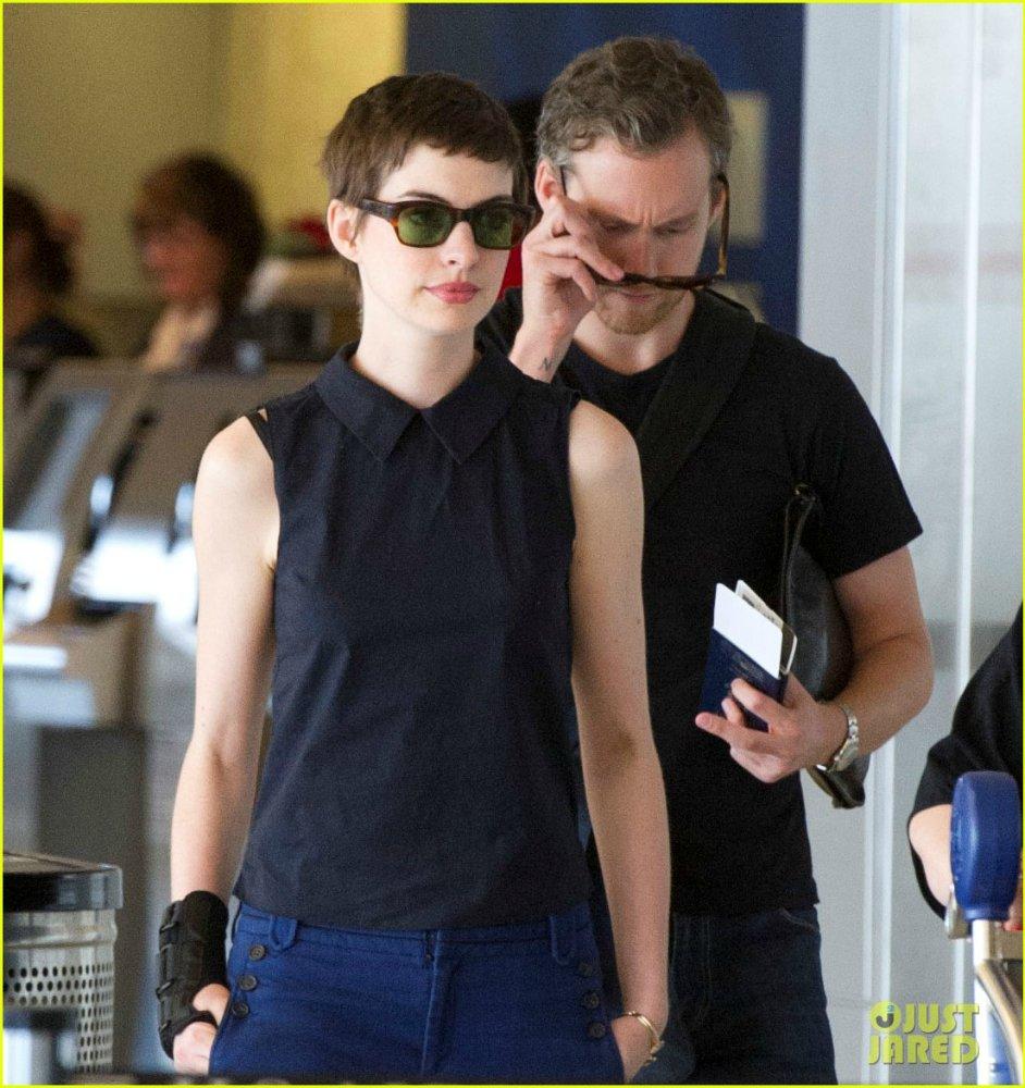 Anne Hathaway/Энн Хэтэуэй - Страница 3 B169e9333ab8