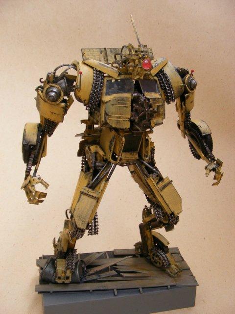 Робот трансформер(не трансформирующийся правда :) ) F32818c0dac6