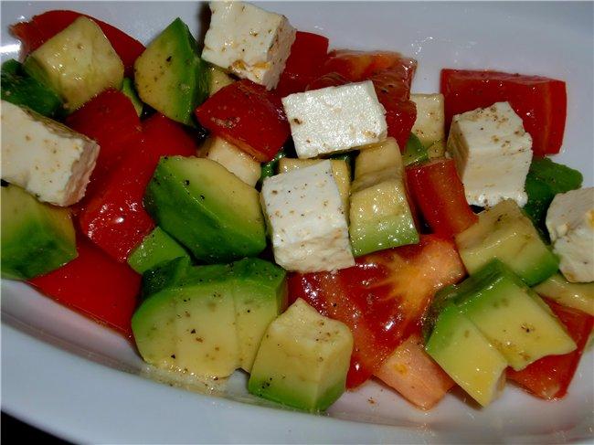 Cалат с авокадо и сыром фета 90ab465d8114